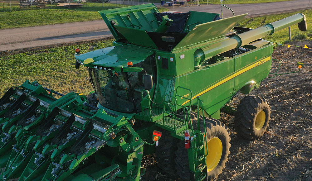 Farm Progress equipment available to browse during field demos